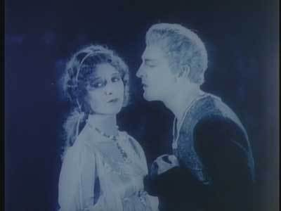 One of many scenes of courtly love. Marceline Day is pretty but wooden. John Barrymore is in Great Profile mode.