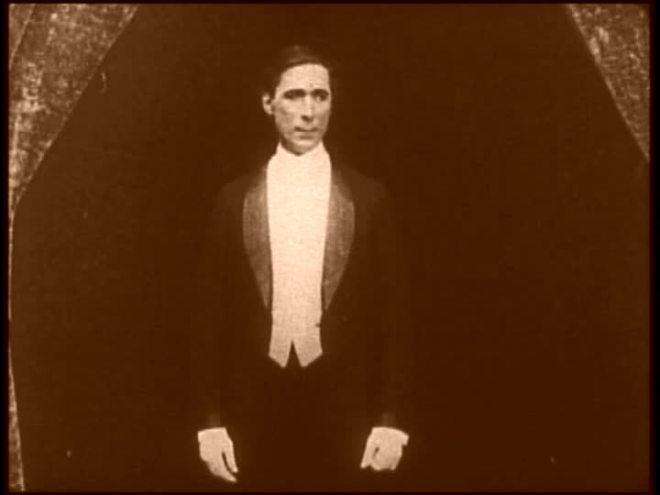 Ladies! Gentlemen! Mr. William S. Hart!