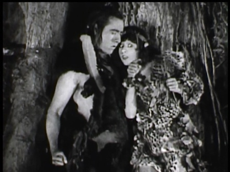 Elliott Dexter as a cave-nerd with Julia Faye's cave-gossip.